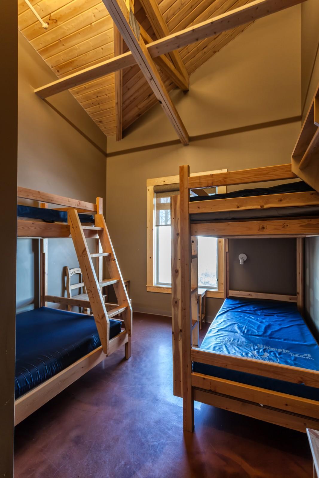 The Lodge At Bryce Canyon Dining Room: Lodge At Travers • SABC